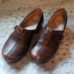 Dansco Brown Leather Clogs